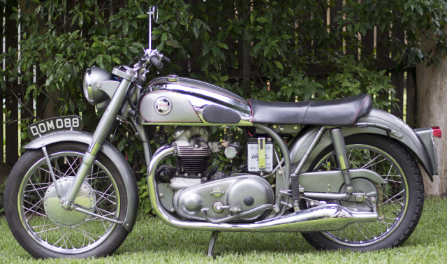 Norton 1955 Model 88 De Luxe